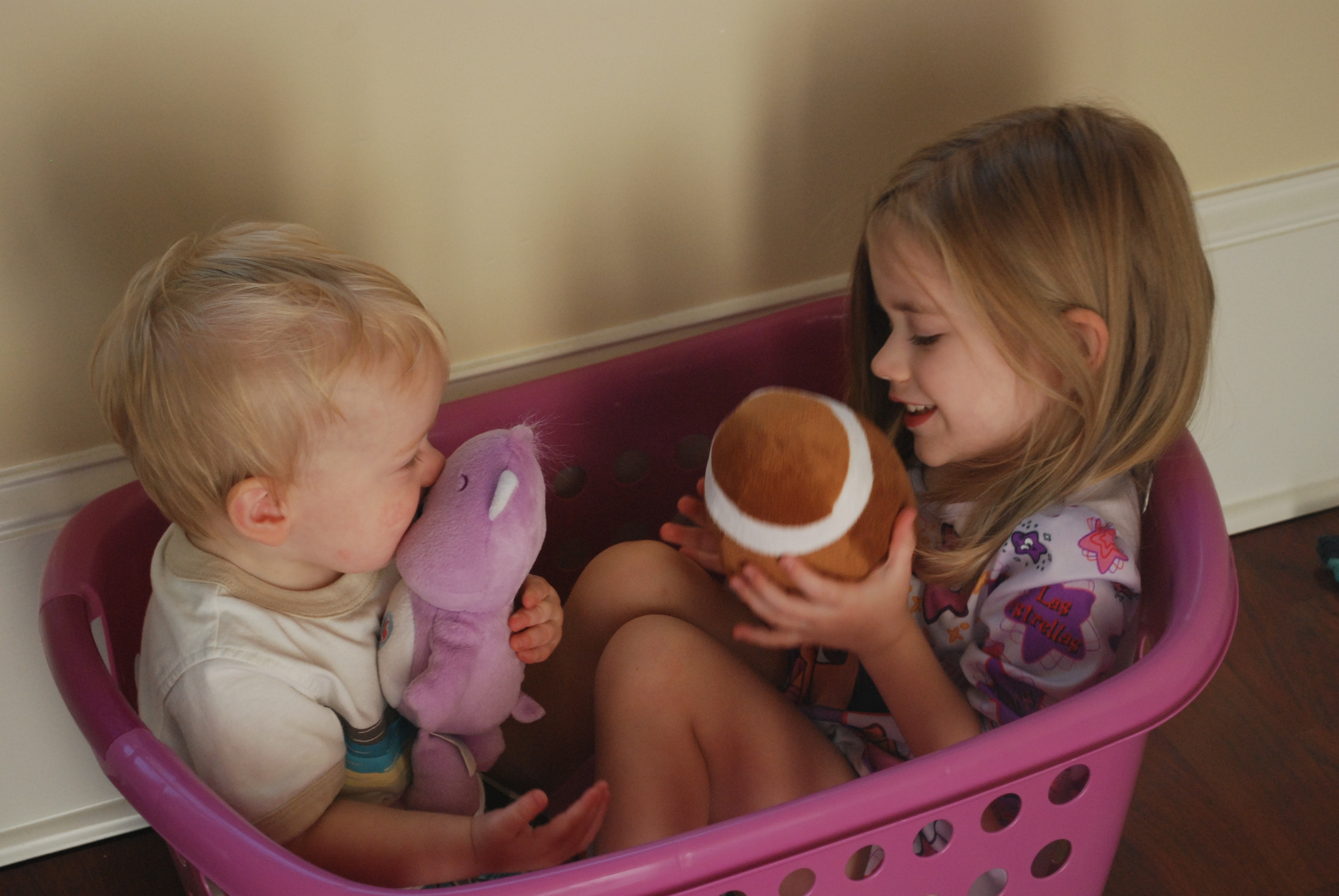 laundry-basket-kids