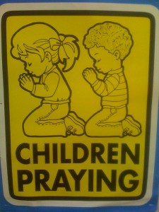 teaching-children-pray