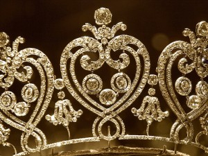 tiara-fruit-of-the-spirit-kindness-crown