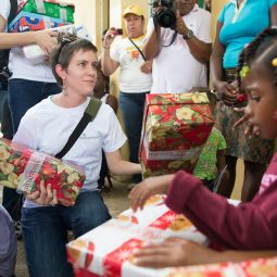 delivering shoeboxes to the dominican republic