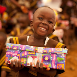 Pack a shoebox for Operation Christmas Child WITHOUT SPENDING A DIME!
