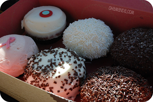 newport beach sprinkles cupcakes