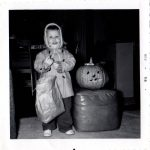Retro Photo: Halloween Meeeoow!