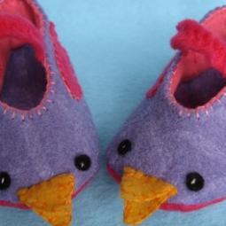 purple baby shoes piddies