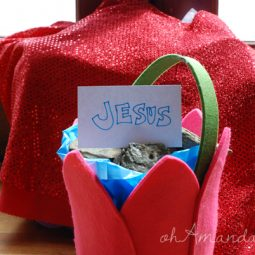 creative way to do easter baskets to focus on Jesus