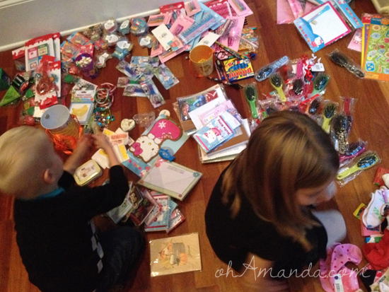 Operation Christmas Child // ohamanda.com