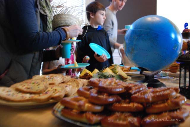 It's a Small World Birthday Party // ohAmanda.com