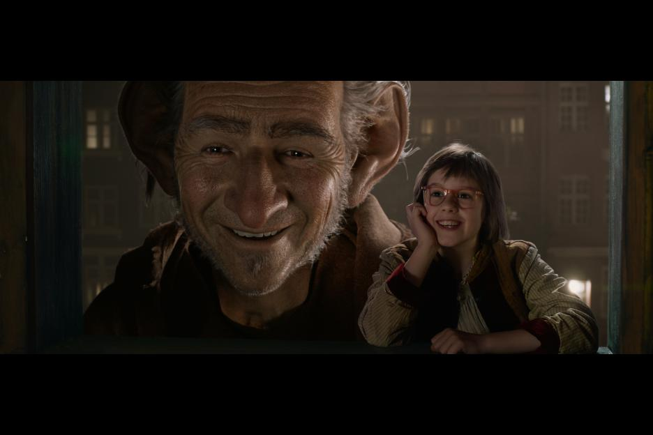 The BFG movie review & family discussion guide at ohAmanda.com